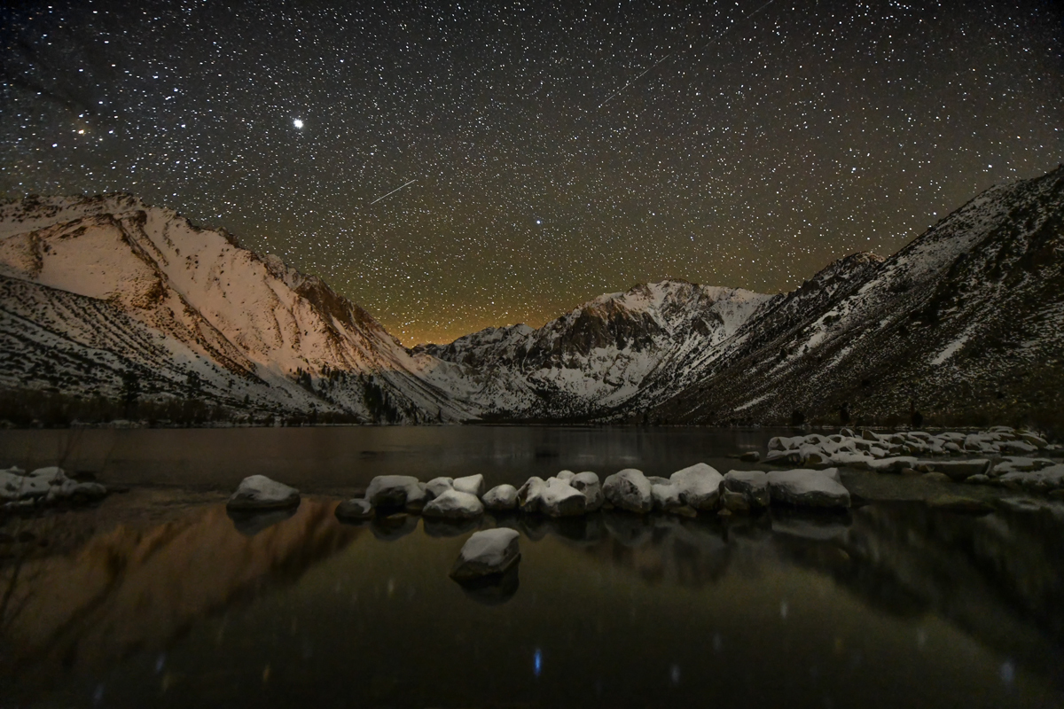 Convict-lake-night-sky