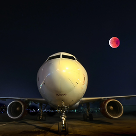 Red_moon_in_the_lax