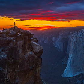 %ed%98%91%ed%81%b4-%ec%98%acsunset_in_taft_point__yosemite_n