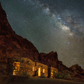 Valley-of-fire-night-sky